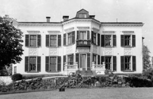 23. Oslo. Villa Frognaes, built for Thomas Heftye in the 1850s. A fine house in large grounds overlooking the fjord.