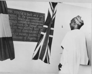 Prime Minister unveiling plaque, 1961.