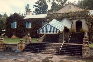 Residence entrance, 1985.
