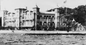 The summer residence from the sea.