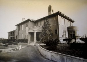 Entrance front of new consulate-general residence on completion in 1939. The site was part of the former Naval Hospital.