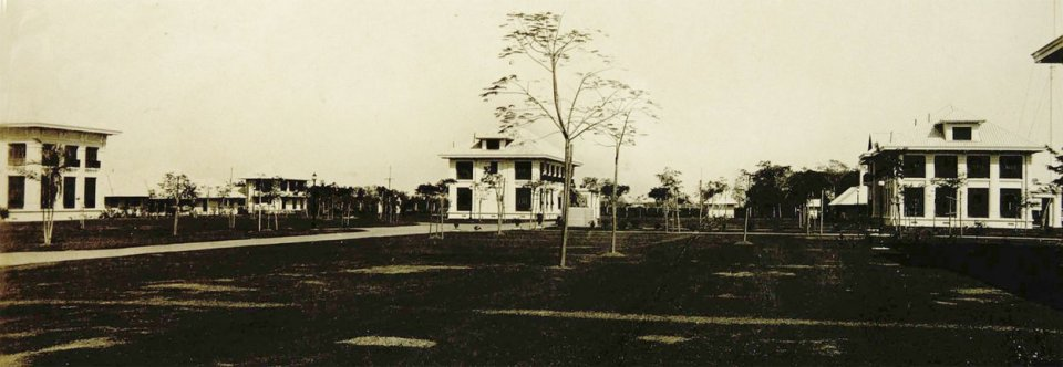 Vice-consul's house, with corner of residence at left and students' quarters to right, mid-1920s.
