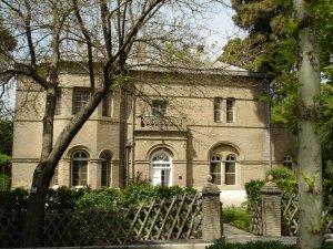 House H, 2005.