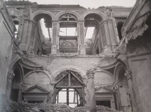 Damage to the central part of the house, 1948.