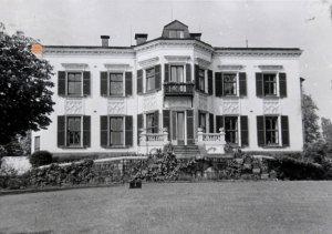 Garden (south) front, 1929.