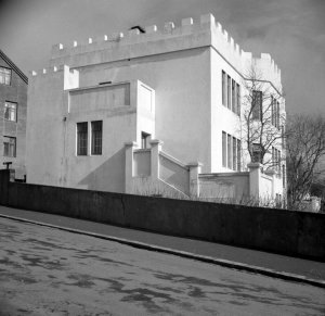 First secretary house, 51 Laufasvegur, 1957.