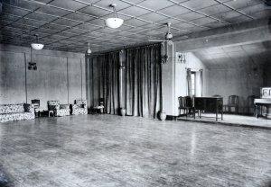 Ballroom, ? date.