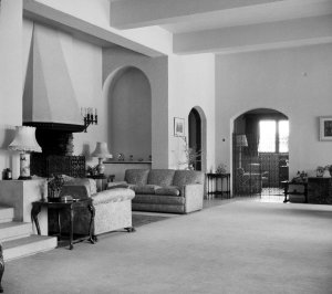 Drawing room, looking towards study and door to vestibule, 1958.