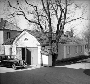 Garage and gardener's cottage, 1958.