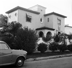 San Salvador: Offices, 1956.